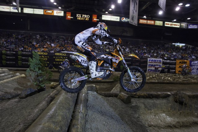 2011 EnduroCross Boise Video Highlights