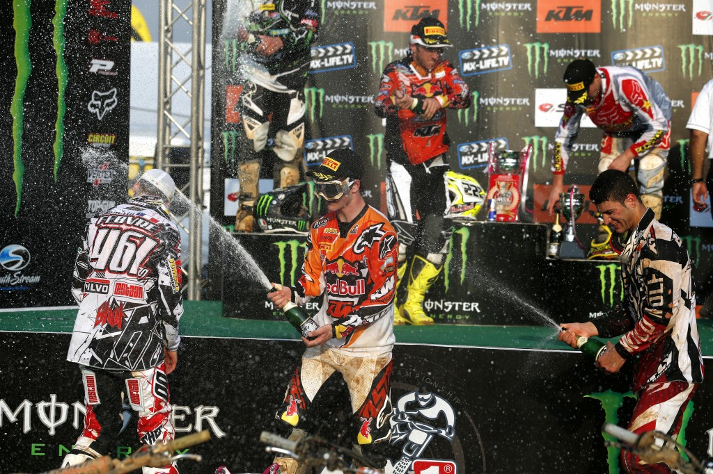 Cairoli and Herlings take the Red Plates in Thailand
