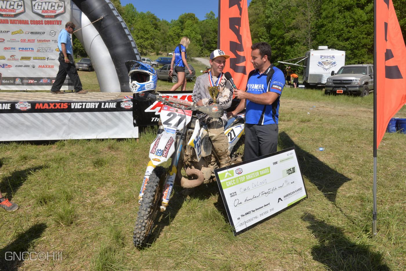 Craig Delong with yet another $125 American Kargo Top Amateur Award Photo: Hill