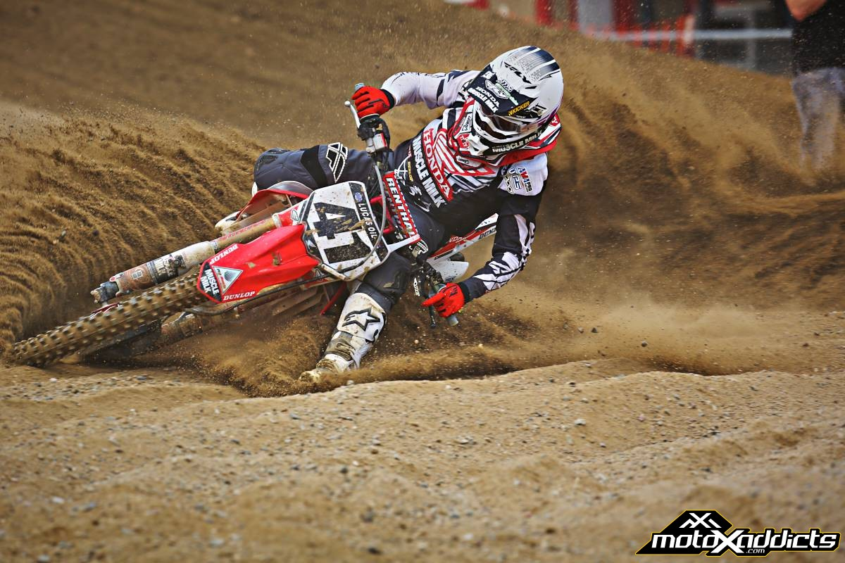 Trey Canard becomes the first non KTM to win the Oakley Bomb Award in 2014. Photo by: Hoppenworld