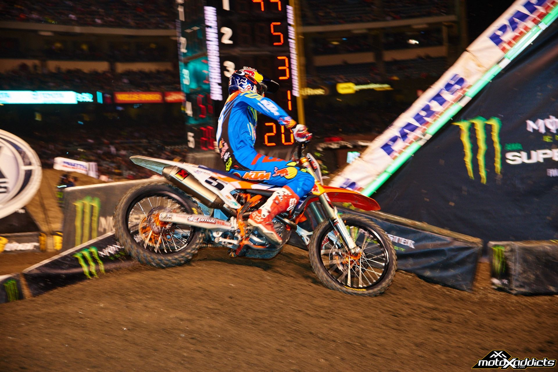 Ryan Dungey's results have progressively improved in '15. Photo by: Hoppenworld