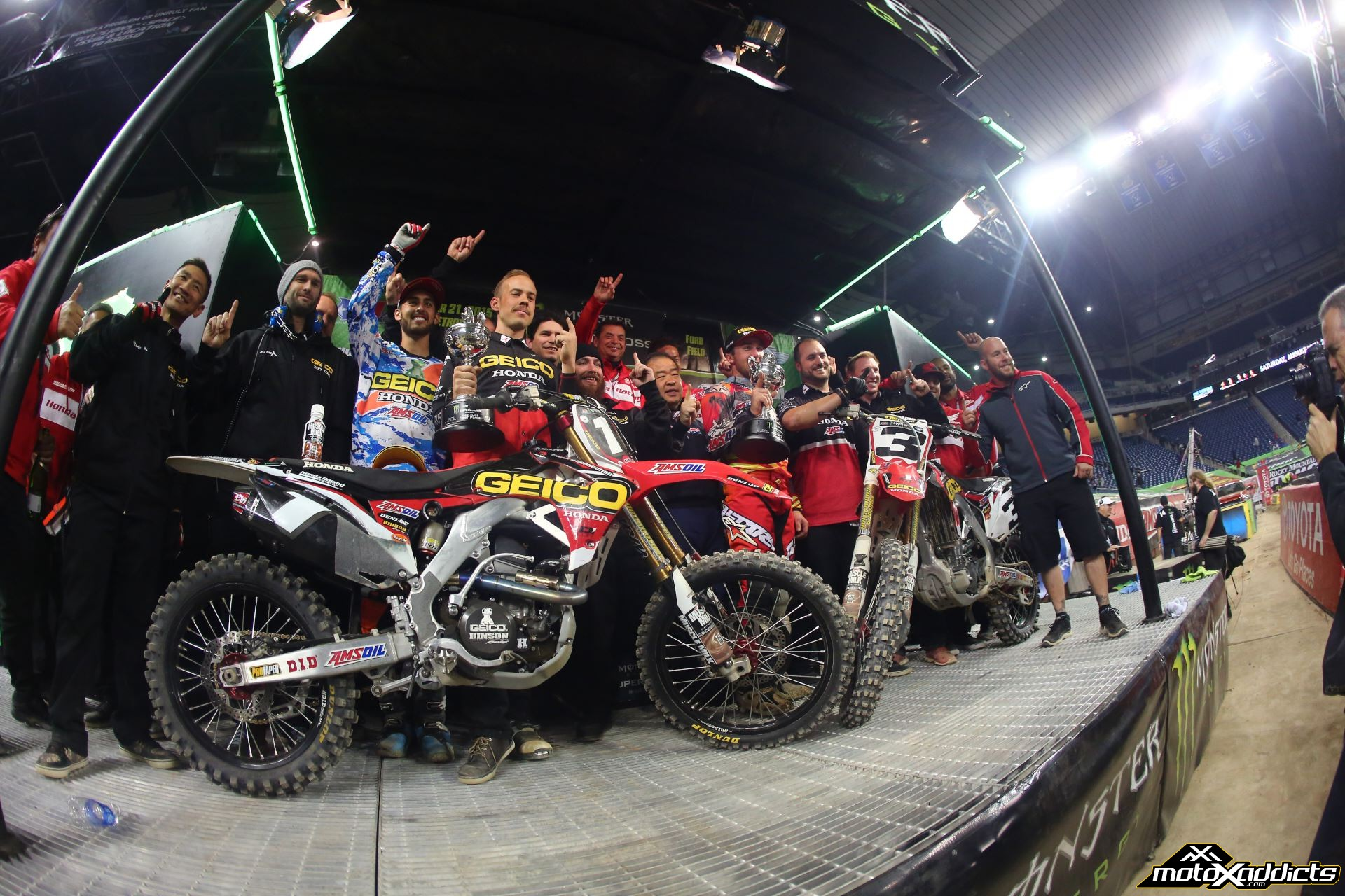 Motoxaddicts Photo Fix 2015 Detroit Supercross Gallery