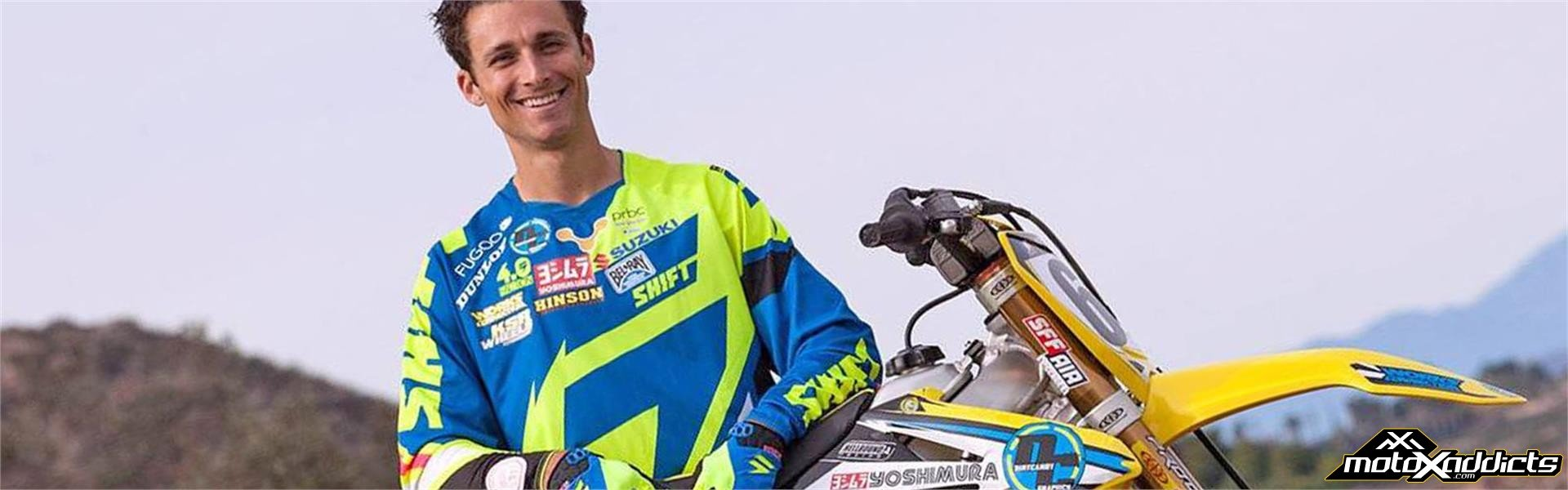 Stewart and Golden Sign with MICROBILT/PRBC SUZUKI
