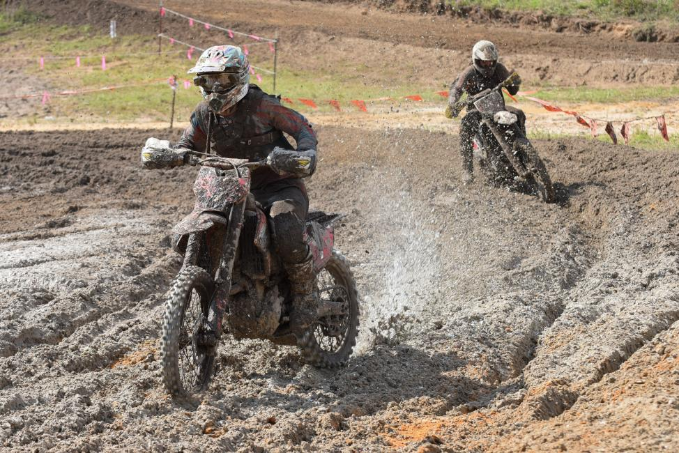 Jordan Ashburn and Thad Duvall were wheel-to-wheel for majority of the race. Photo: Ken Hill