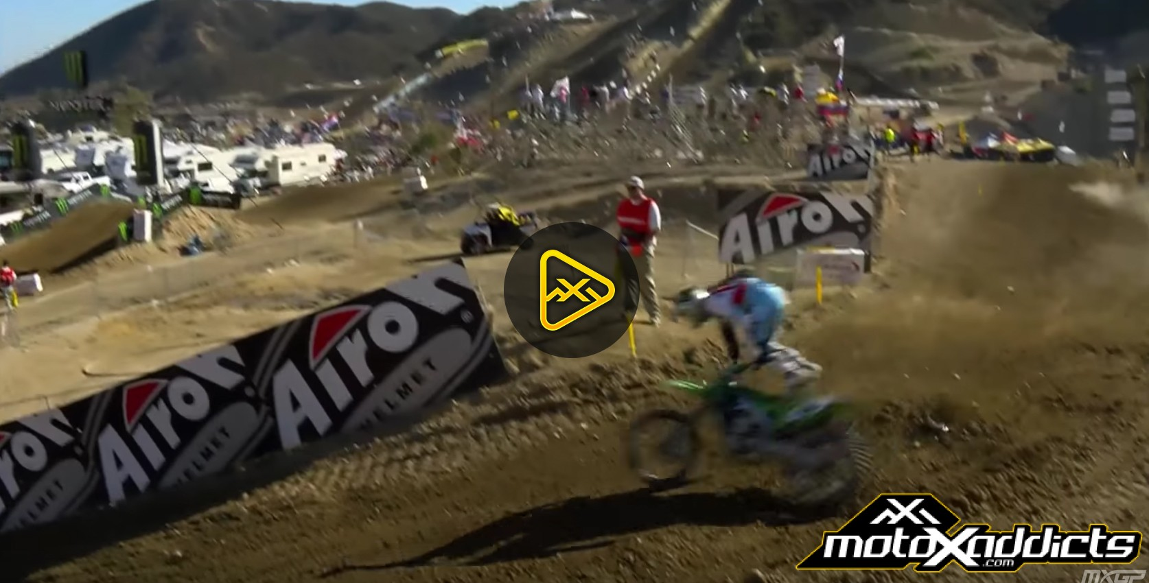 Tommy Searle Crash – 2016 MXGP of USA