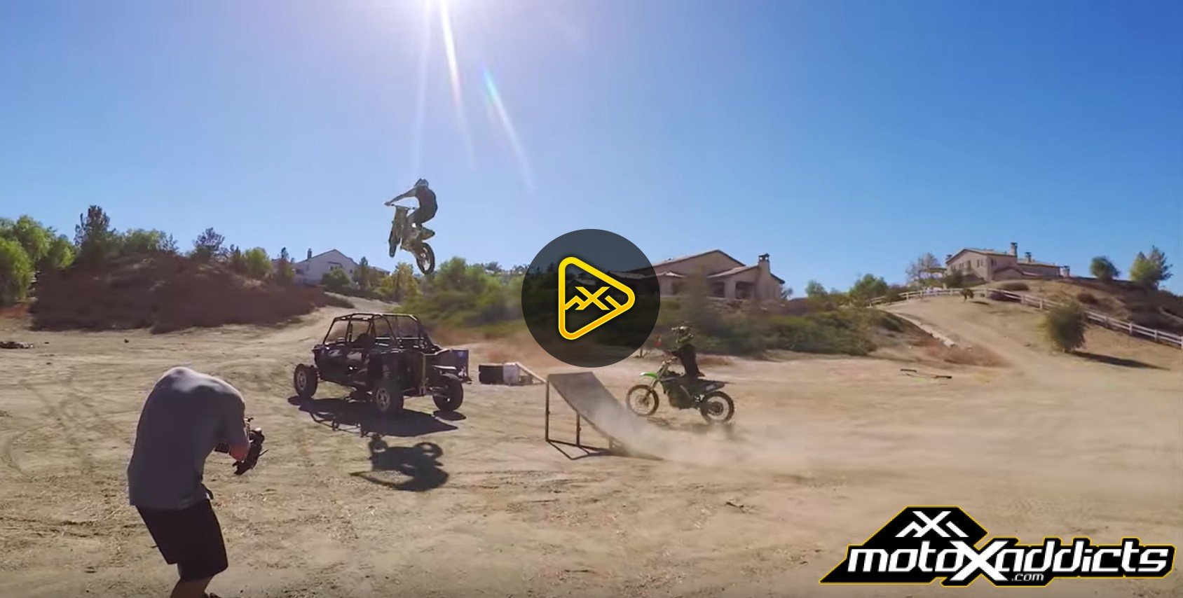 Backyard Moto – Ft. Josh Hill, Twitch and Hodges