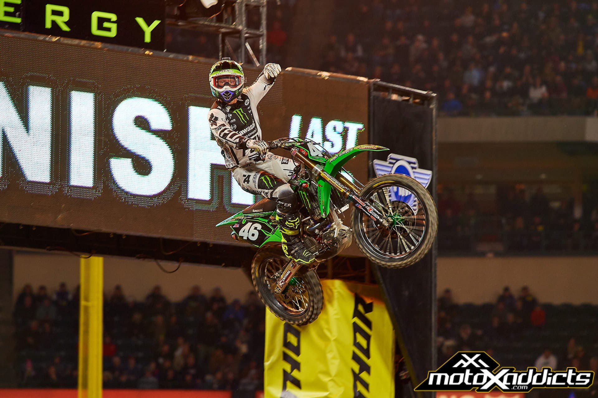 Justin hill scored his first win of 2017 and the fourth of his 250SX career.