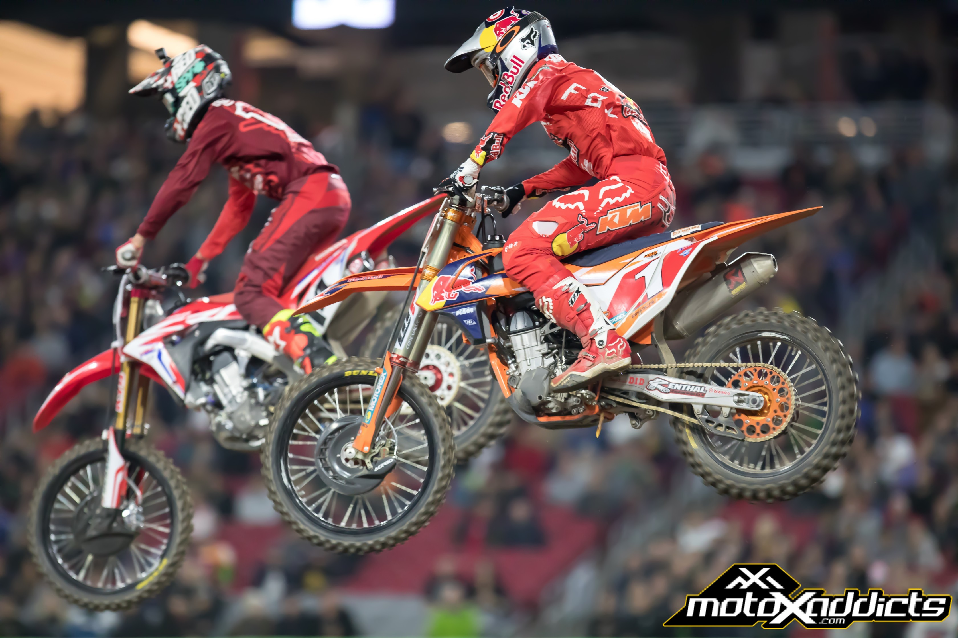 Seely #14 and Dungey #1 were locked in battles all night long in both the heat race and main event.