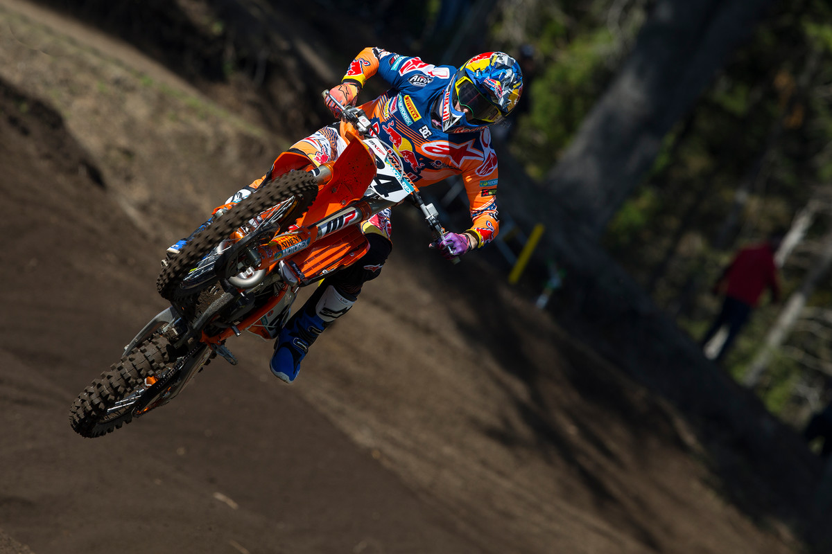 Herlings continues to struggle with injury, but he did score his first top 10 of '17. Photo: Ray Archer