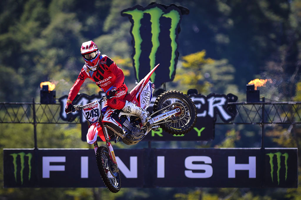 Gasjer and Jonass Dominate 2017 MXGP of Argentina