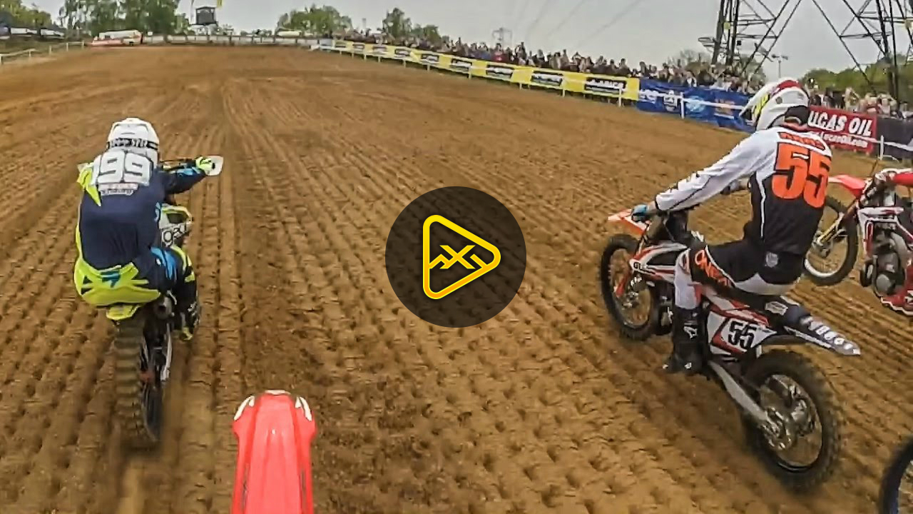 Mind blowing 2 stroke Motocross racing on 15 year old bike