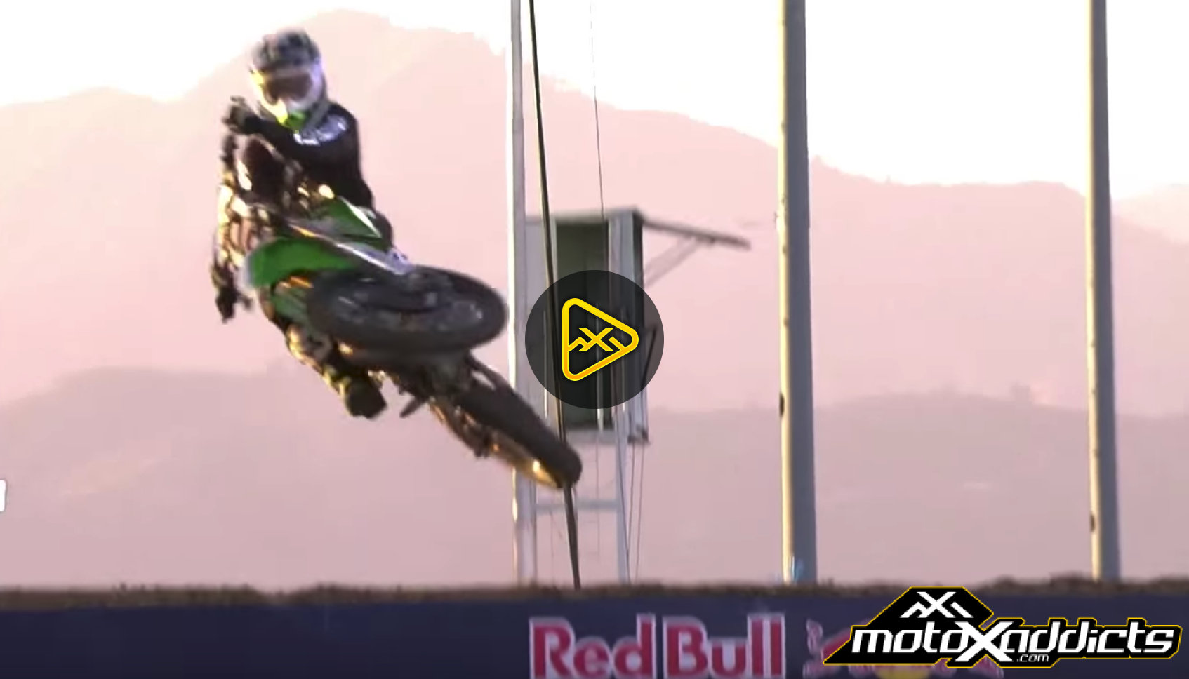Ryan Villopoto Two-Stroke Run – Red Bull Straight Rhythm