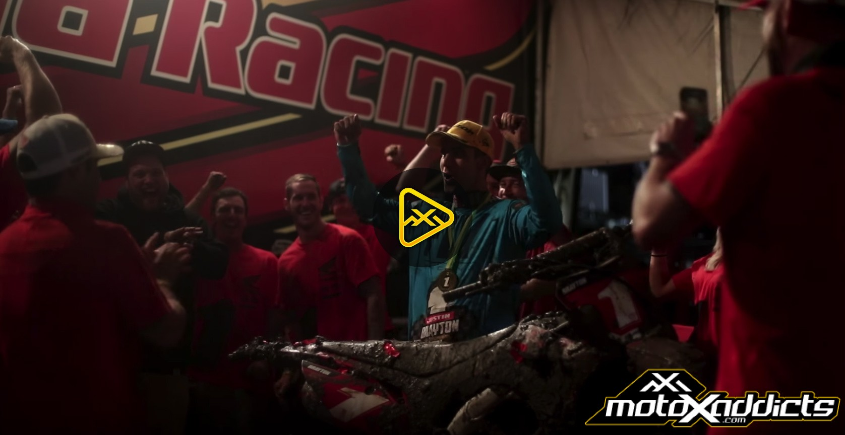 Behind the Scenes of Justin Brayton's Back-to-Back Australian SX Title