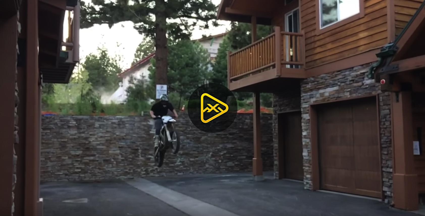Josh Hill E-bike Urban Moto