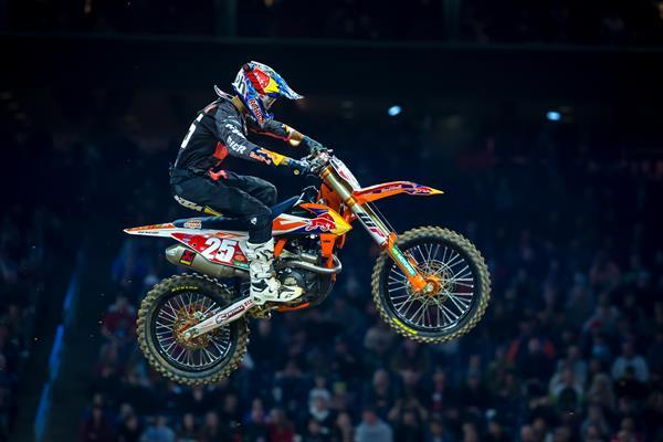 Shoulder Injury for Marvin Musquin