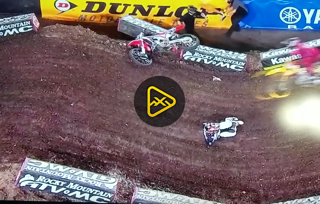 Cole Seely Crashes Hard in Tampa – Injured