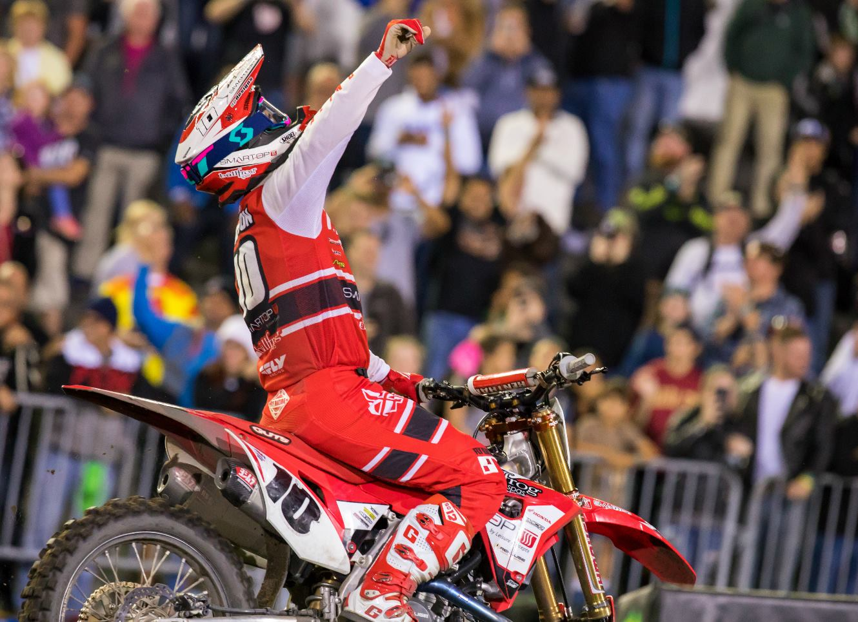 Brayton and Smith Get Surprise Wins at 2018 Daytona SX
