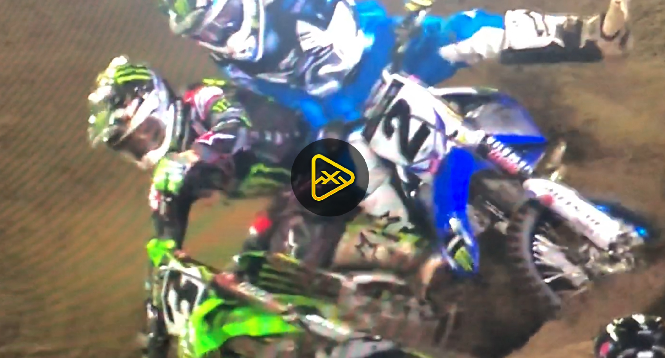 Eli Tomac Takes Out Cooper Webb – Daytona SX