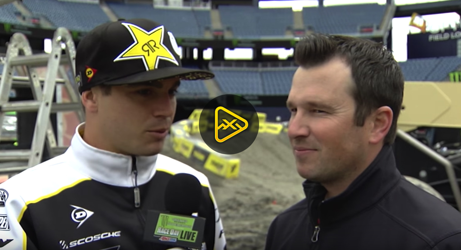 Osborne Takes Mic from Blair – 2018 Foxborough SX