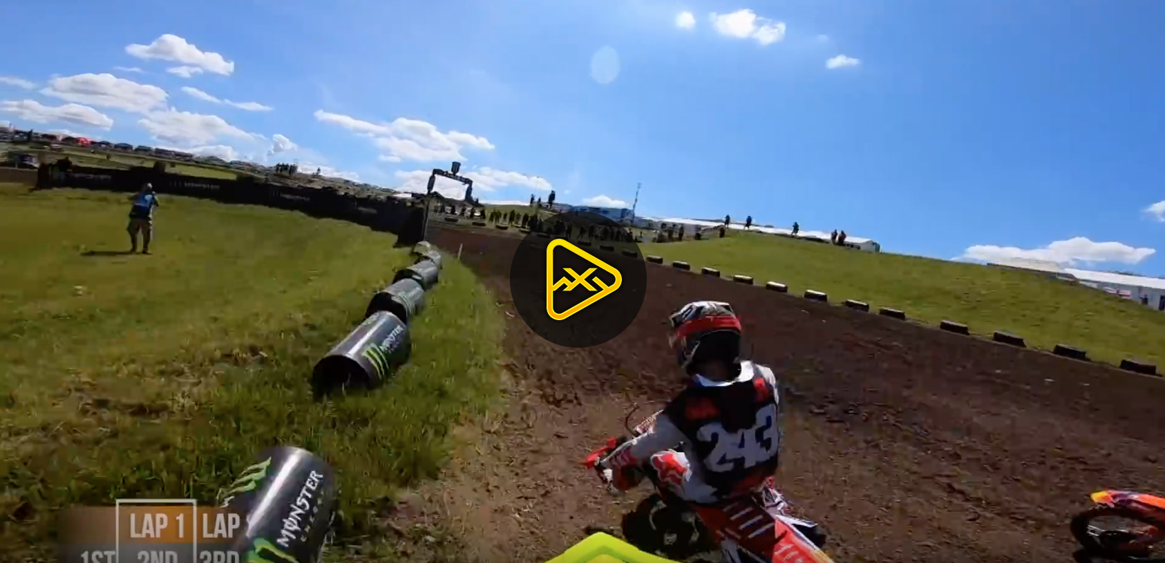 Helmet Cam: Antonio Cairoli battles Jeffrey Herlings at Matterly