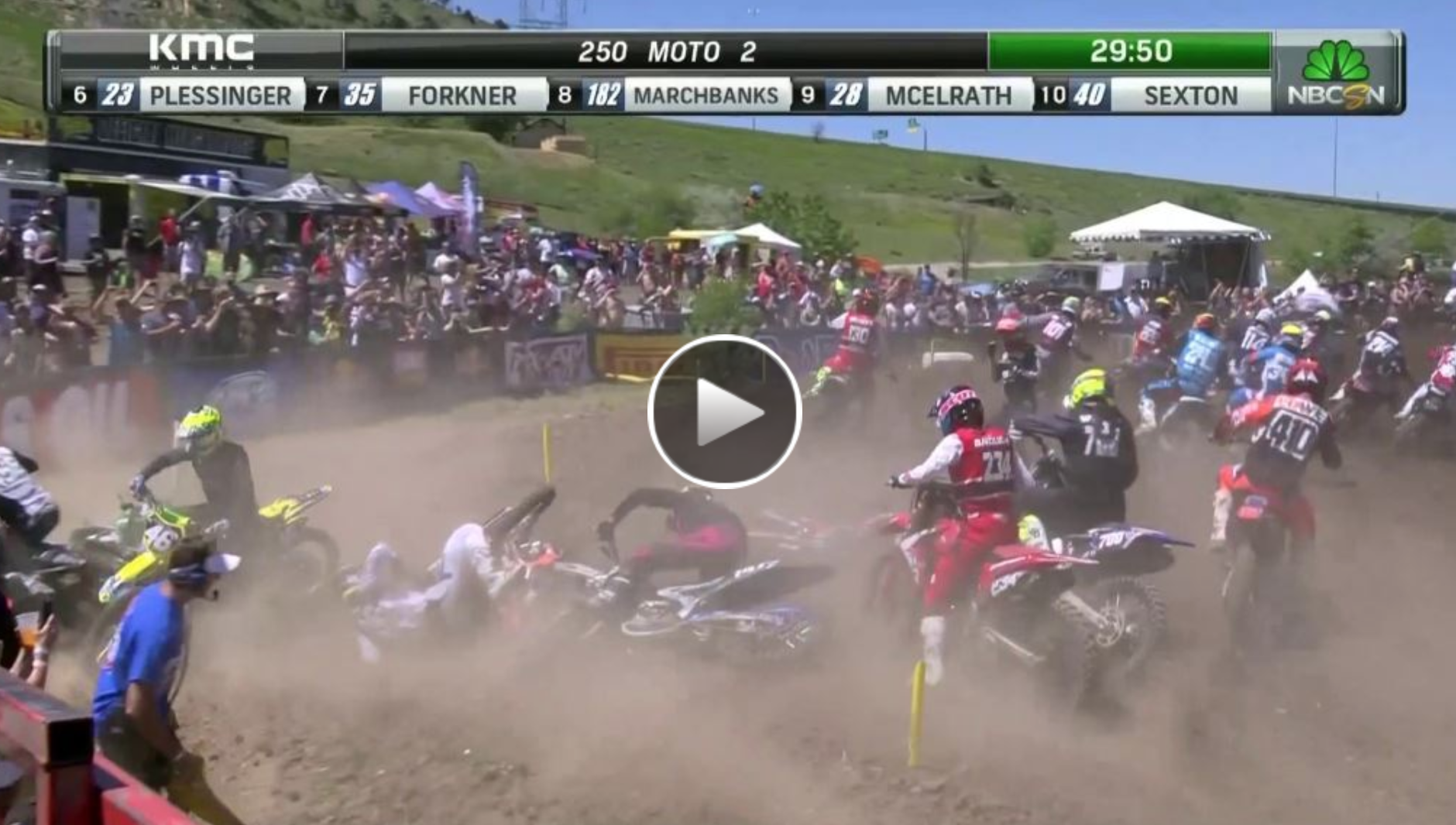 250 First Turn Pile Up – Thunder Valley National