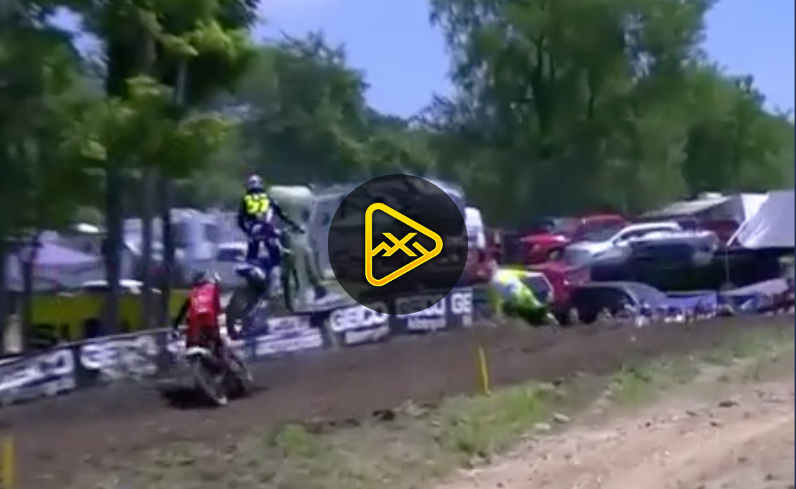 Justin Barcia almost lands on Marvin Musquin