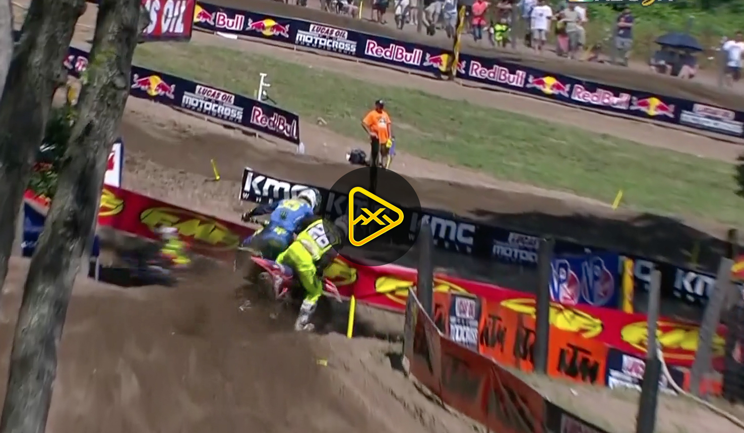 Alex Martin Takes Down Austin Forkner