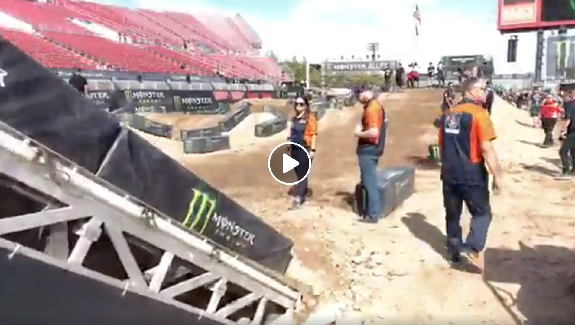 Track Walk – 2018 Monster Energy Cup
