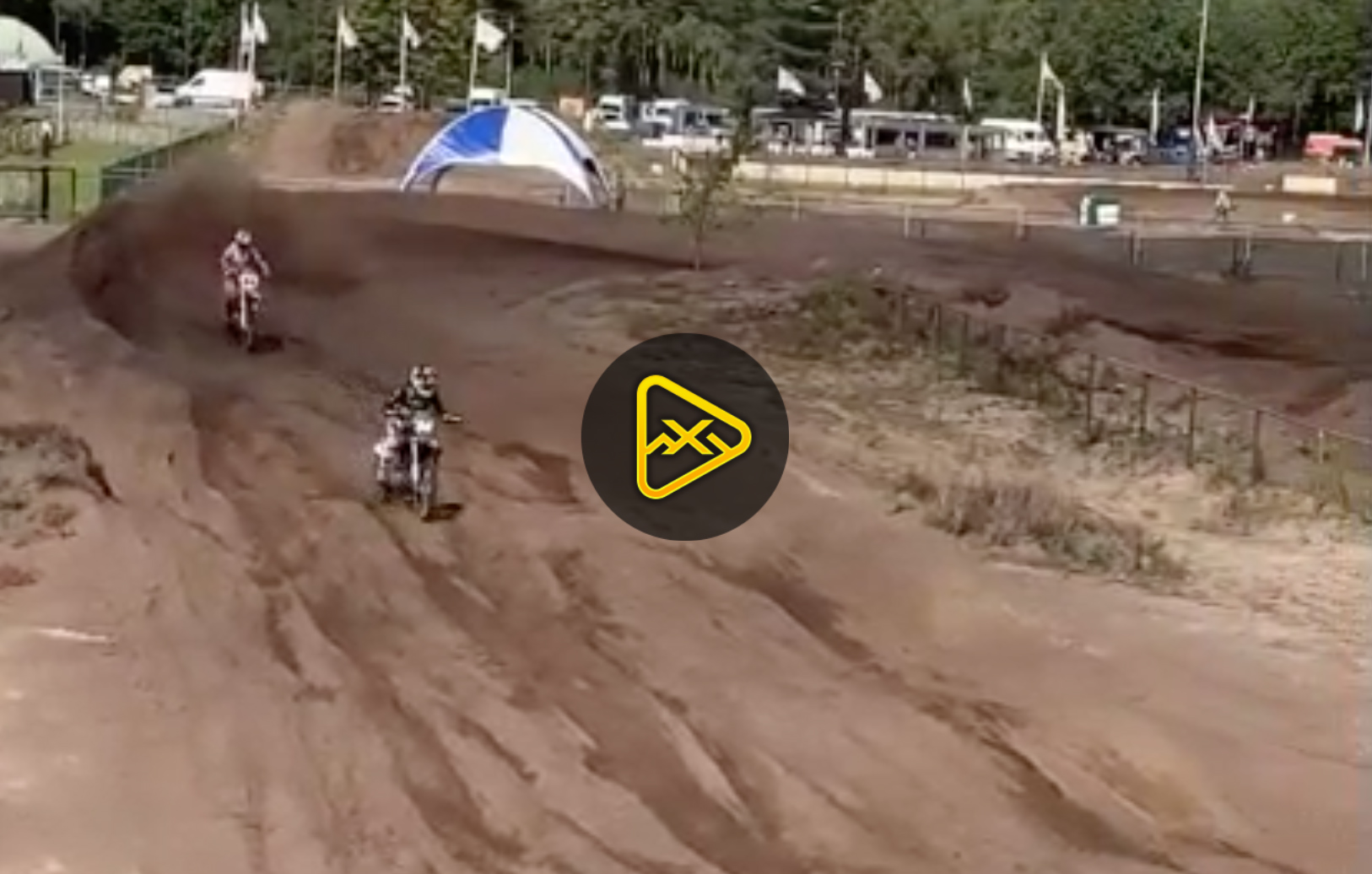 Justin Cooper vs. Jeffrey Herlings in The Sand