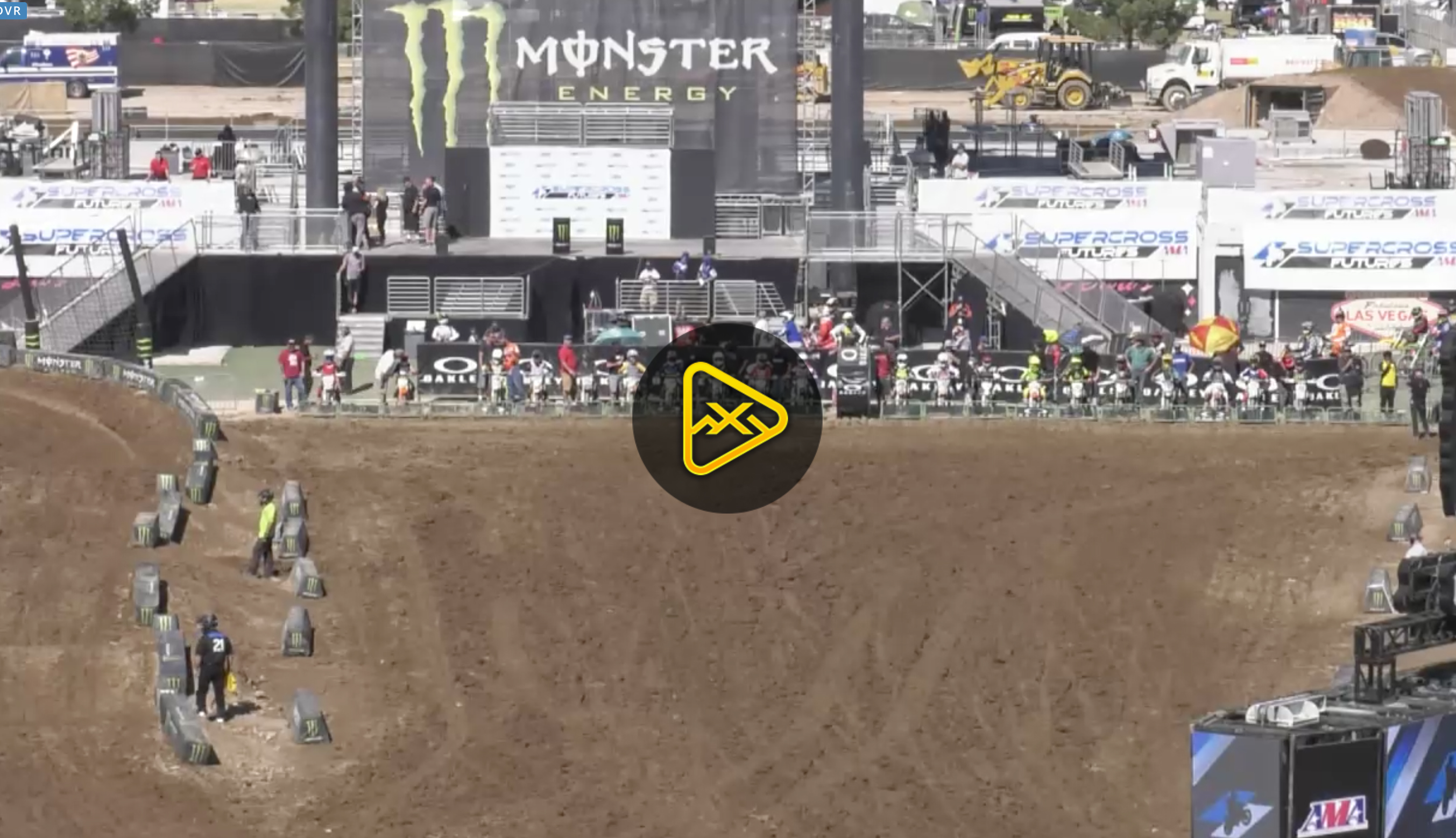 LIVE NOW – Supercross Futures from Las Vegas