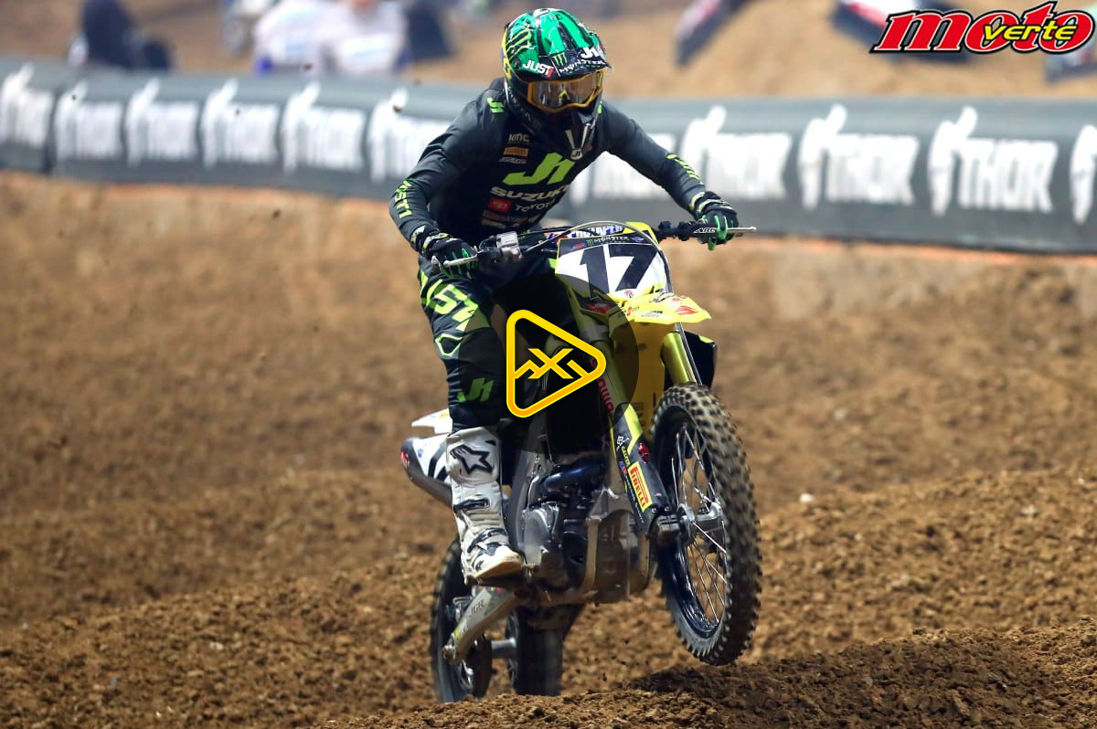 2019 Paris Supercross Qualifying Action