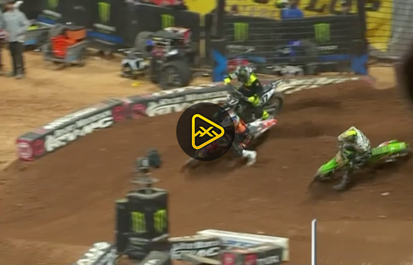 Last Lap Battle of the Year? Davalos / Webb / Tomac