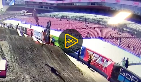 Big Justin Barcia Crash at 2020 Tampa SX