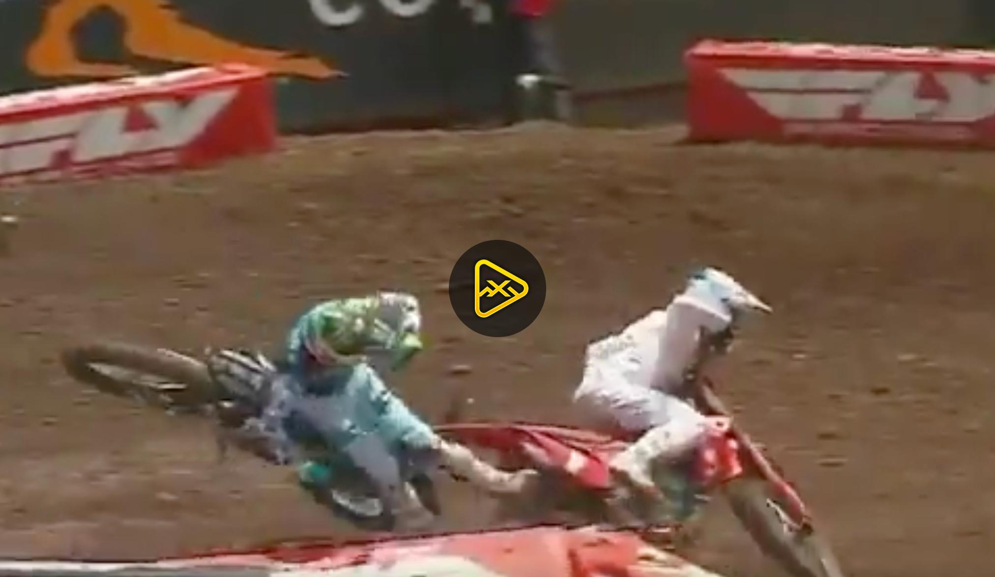 Crashing by 250SX Championship Contenders
